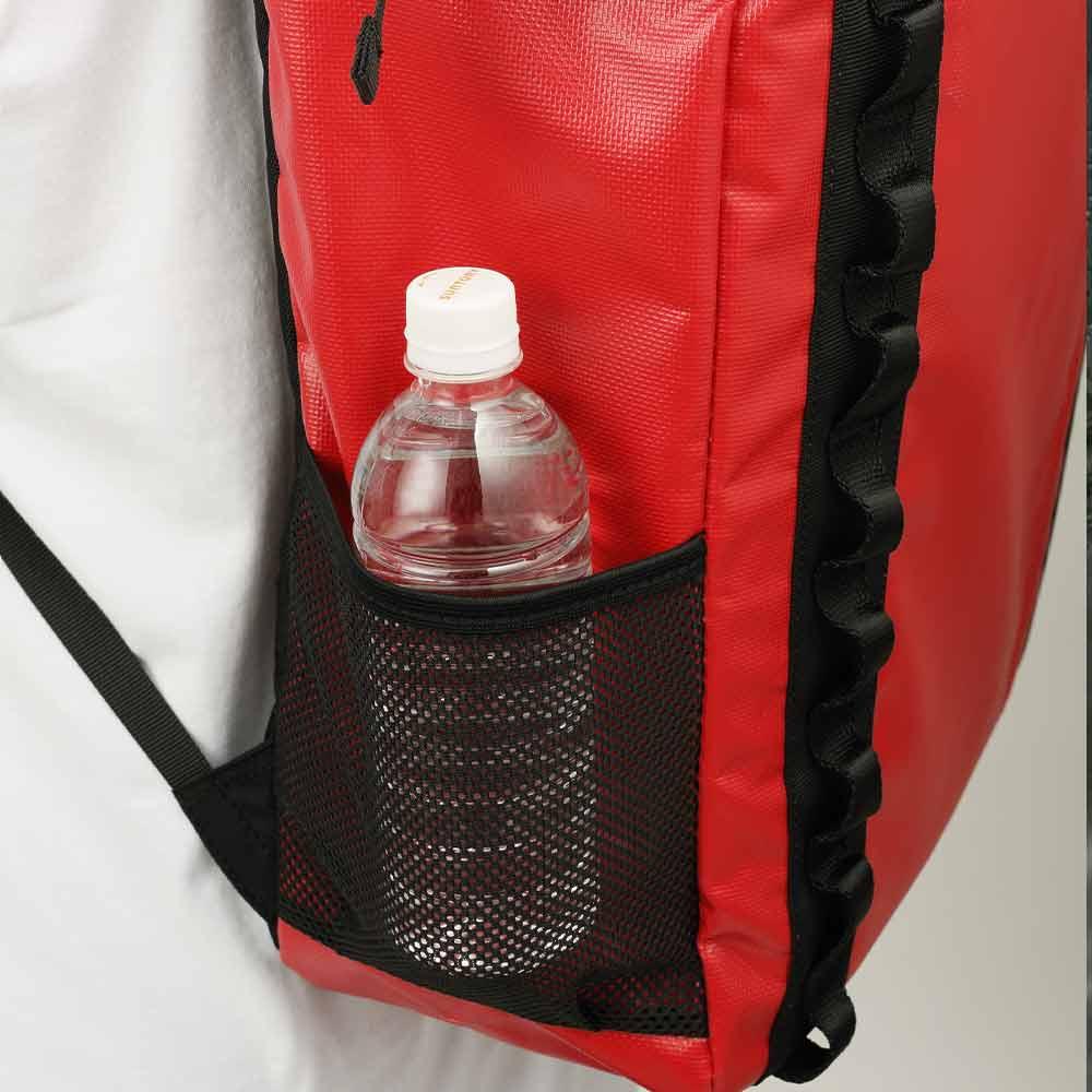 DEFIER-DAY-BAG-サイドメッシュポケット使用例