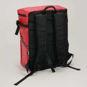 DEFIER DAY BAG -RED- 赤- 背中側