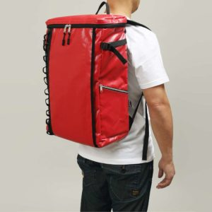 DEFIER DAY BAG - RED-赤- Lサイズ 使用例