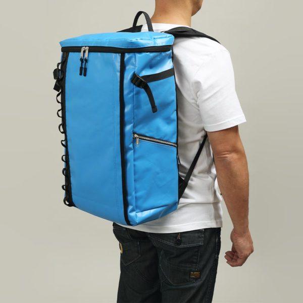 DEFIER DAY BAG -BLUE- 青- Lサイズ 使用例