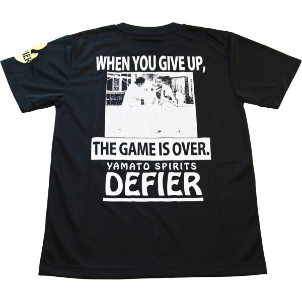 GIVE UP Tシャツ 裏